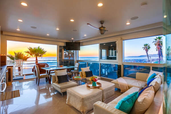 Living room with views of Mission Beach