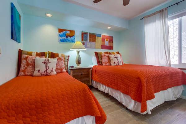 Guest Bedroom - 2 Twin Beds - 2nd Floor
