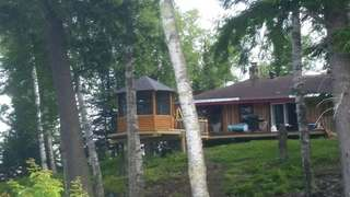 Horseshoe Lake Cottage
