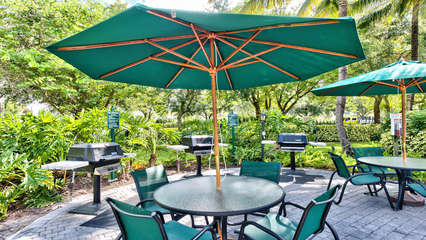 Community Grilling Area Near the Pool Area! Grill Up Some Steaks and Enjoy the Pool in Sunny Naples! Pool Heated in Season!