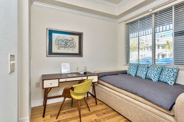 Laptop Working Area; Trundle Bed;