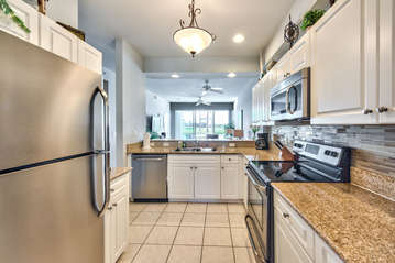 Fully Stocked Kitchen with all the Amenities! Perfect for Home Cooked Meals!