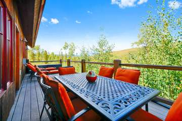 6-Person Outdoor table, 2 Sun Chairs and a beautiful view
