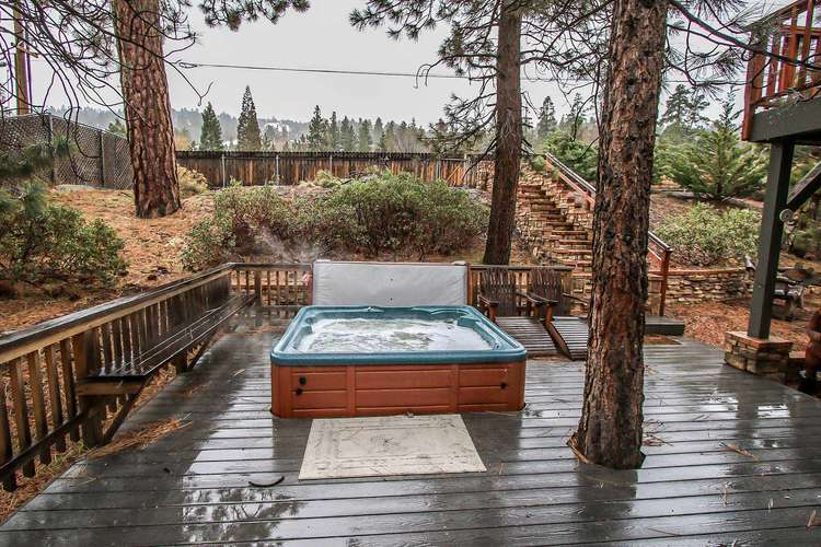 Back Deck- Outdoor Private Spa