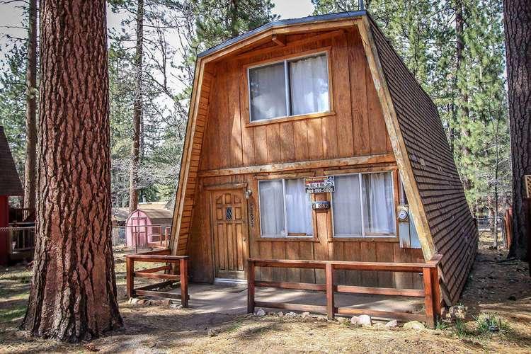 1174-Cedar Haus