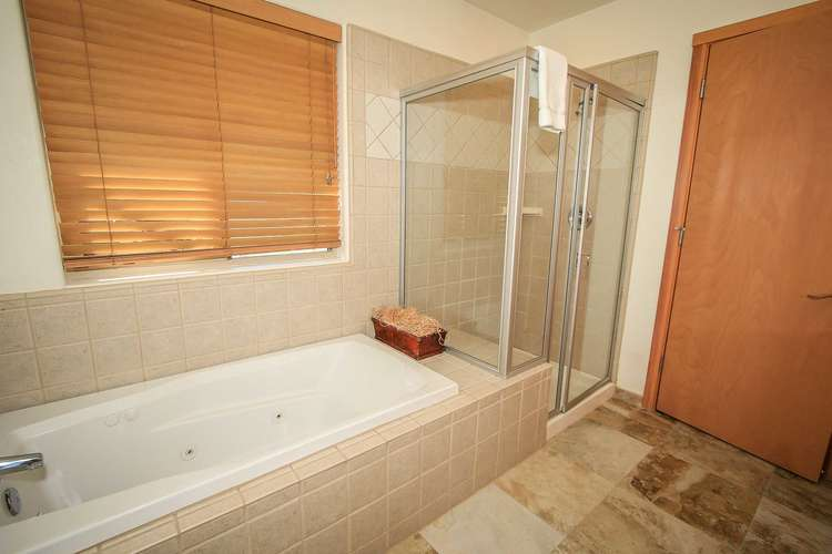 Master Bath Jetted Tub Bedroom 1