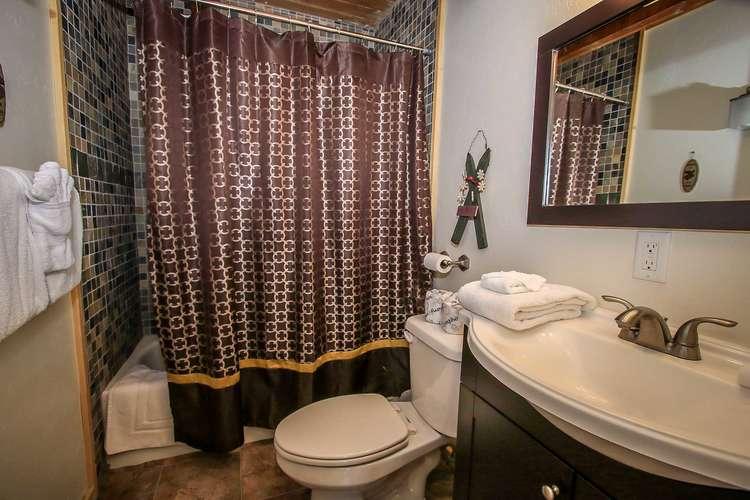 Shared Bathroom Downstairs