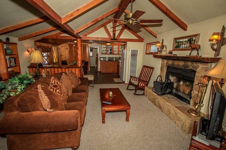 1453-Merced  Cottage