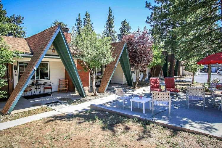 1555-Owl Pine Cabin