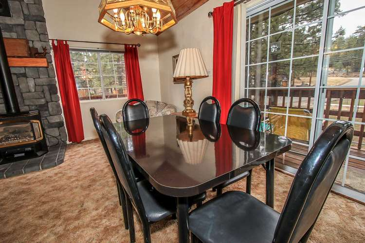 Dining Room Table Seating / Deck Access