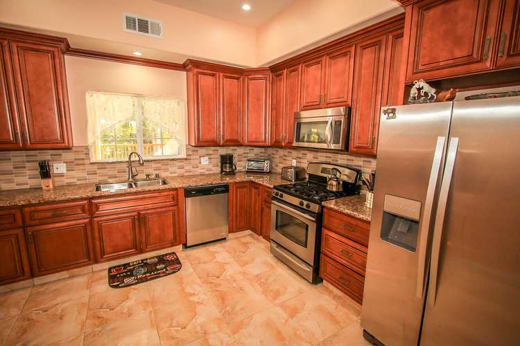 Stainless Steel Appliances, Dishwasher, Coffee Pot, Toaster, Microwave & Stove/Oven