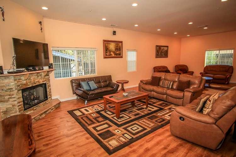 Amazing Living Room Furnishings