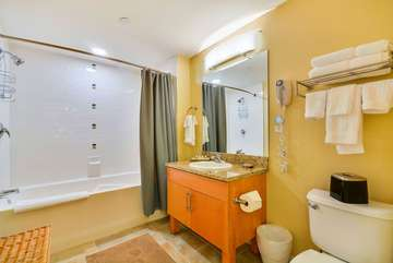 Full Bath with Granite Counter tops, linens provided