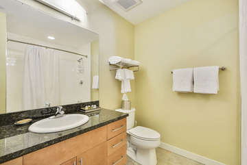 Guest Full Bath with Granite Countertops, linens provided, Guest Shower and Tub, Complimentary Organic Body wash and Shampoo Provided