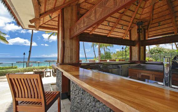 Beach Villas at Ko Olina's On-site Beach Bar