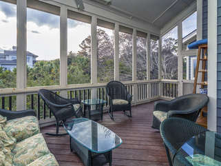 Lots of room to relax and enjoy the beauty of Seabrook Island