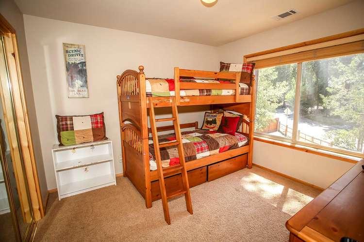 Bedroom 4- Twin Bunk Bed Set, TV