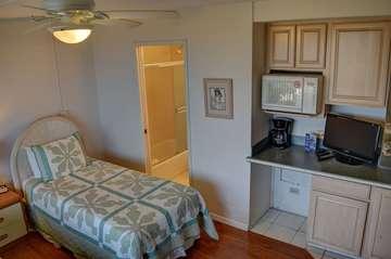 Guest bedroom with amenities