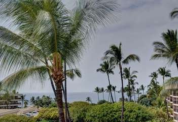 Views of the ocean from your lanai