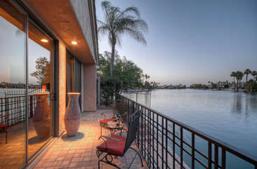 Deck provides the perfect place to revel in sunsets over the lake