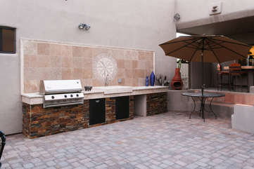 New built-in barbecue and workspace for outdoor feasts