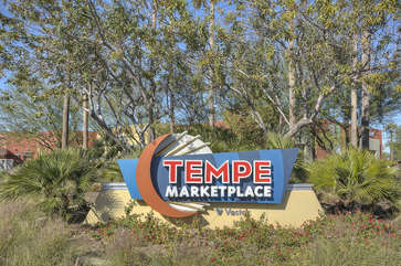Tempe Market Place and Mesa Riverview shopping are a short drive