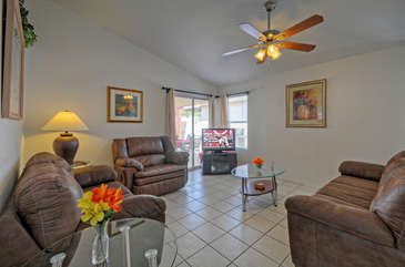 Great room is wonderful gathering area to watch newly added Smart TV or plan exciting excursions