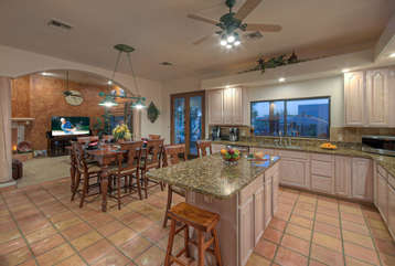 Spectacular views of sunsets and mountains from kitchen windows and doors