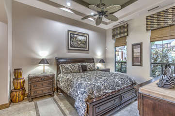 Designed for 1 or 2 guests, casita is lovely place to relax and plan daily adventures in warm and sunny Arizona