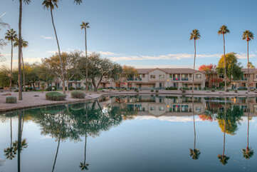Tucked into an entertainment and retail corridor in Mesa, Superstition Lakes is a waterfront resort community within walking distance of many conveniences
