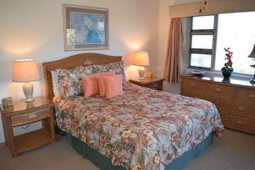 Master bedroom with ocean view and A/C