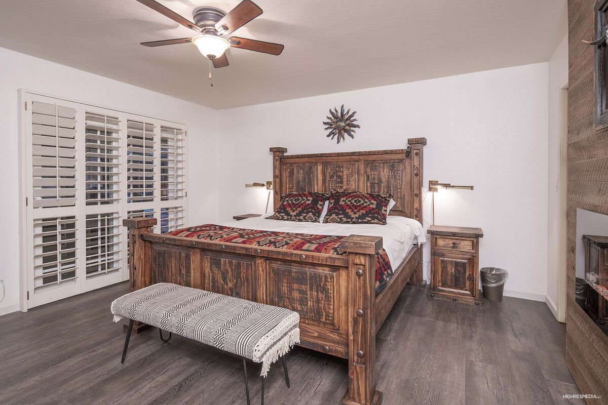 Master Bedroom - King Sized Bed - French Doors Leasing to Patio