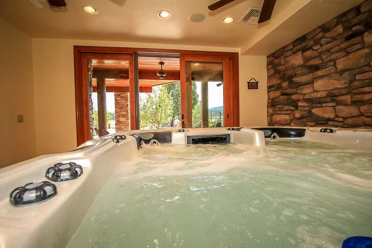Indoor Private Spa Room- 1st Level