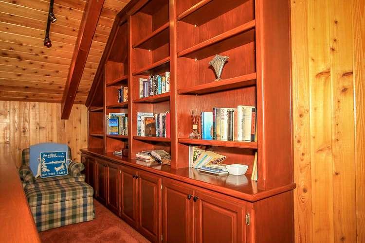 Loft Reading Area- 3rd Level