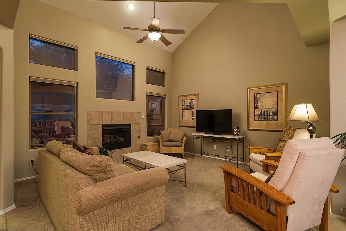 TV Room with Pull Out Sofa-Queen Size