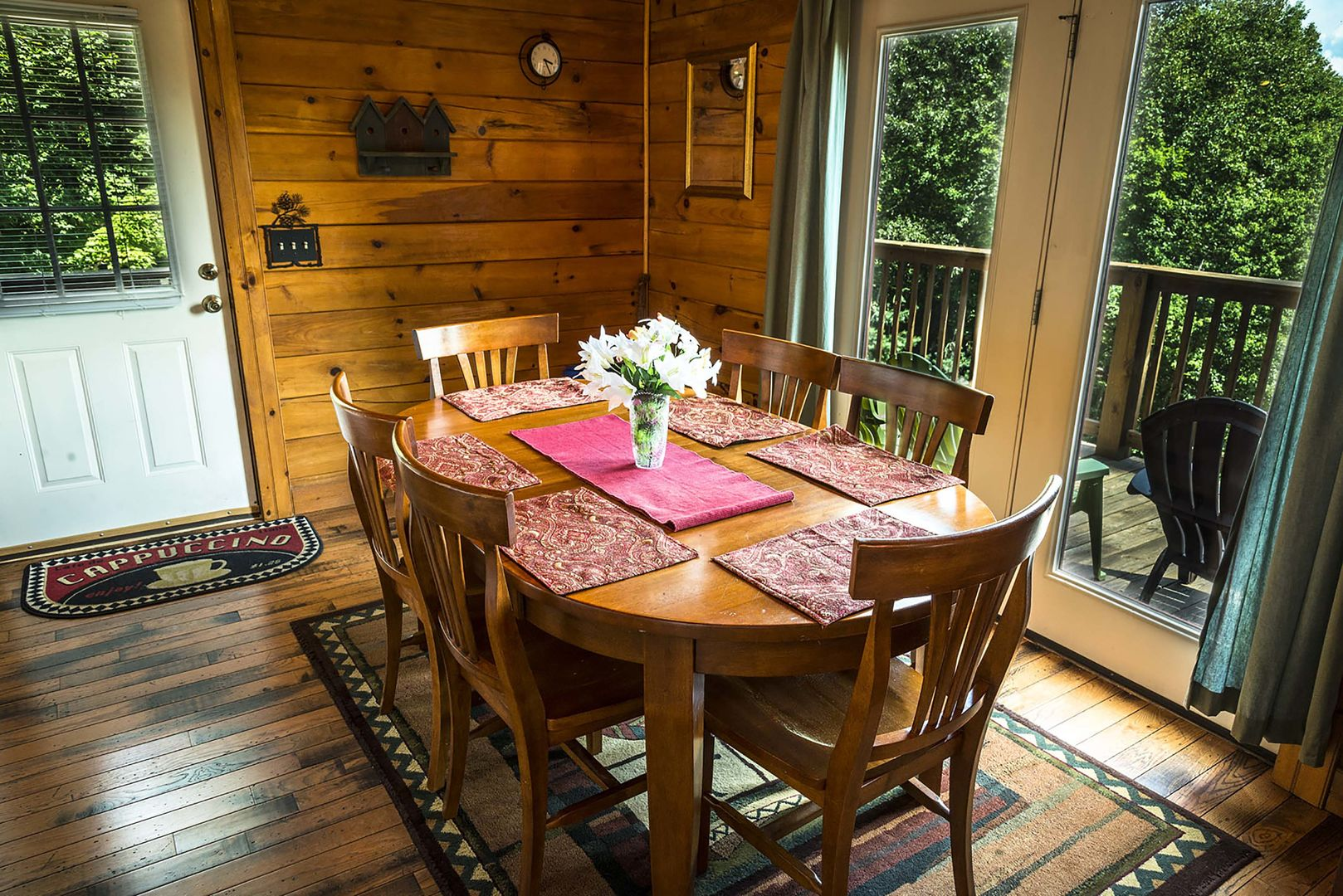 Dining room table for 6 people