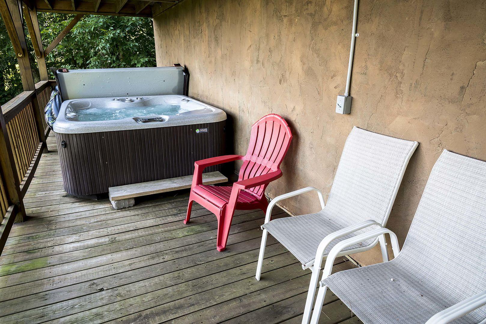 Hot tub on bottom deck