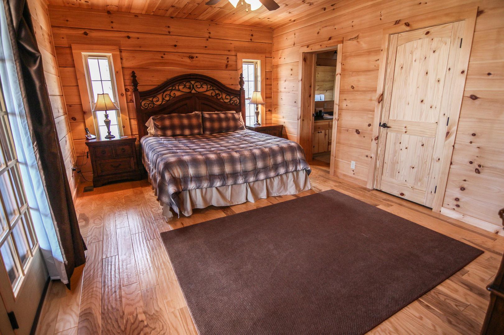 Main level king bedroom