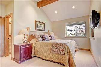 Fourth Bedroom has a Comfy Queen Bed