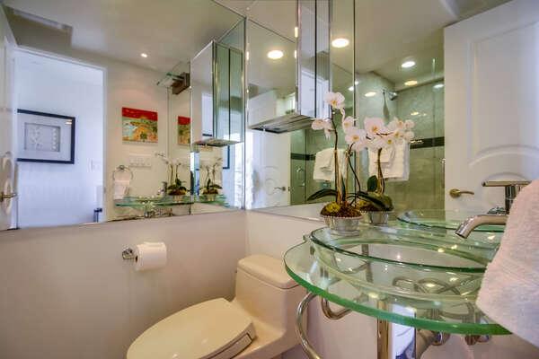 1/2 bathroom on main level (2nd floor)