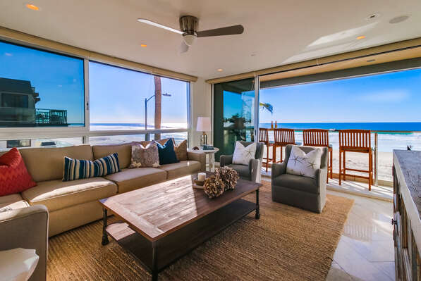 Living Area open to the Pacific Beach, second floor
