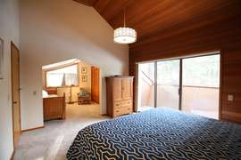 King master family suite room upstairs. showing room with twin trundle. Brand new mattresses
