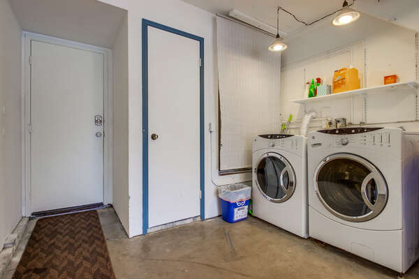 Washer/Dryer in garage