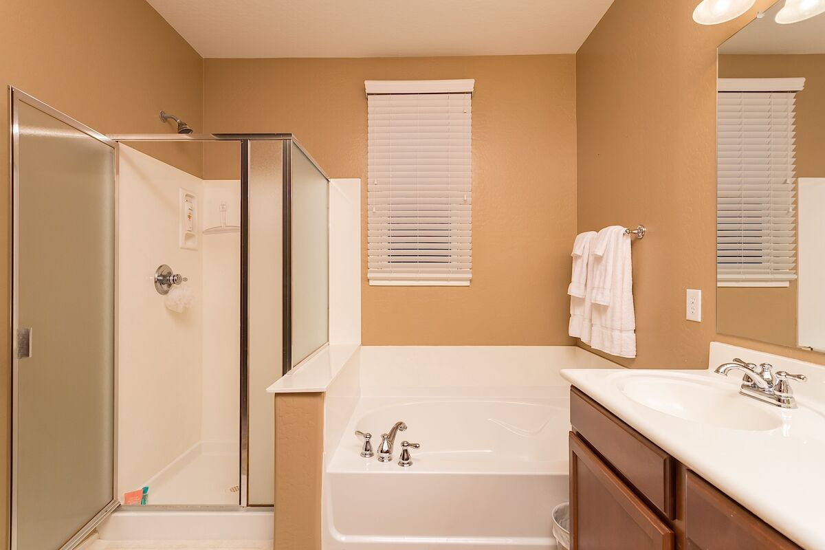 Sep shower and tub