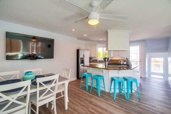 Third floor, kitchen with breakfast bar