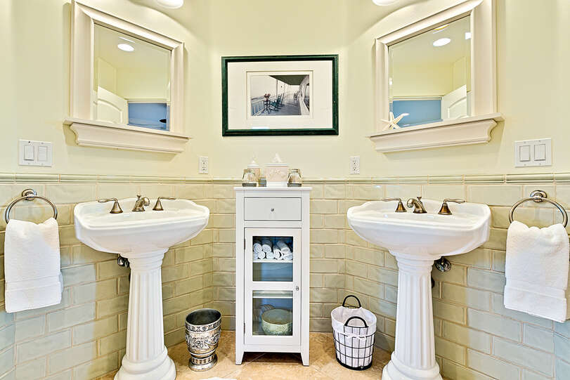 Double sinks add practicality