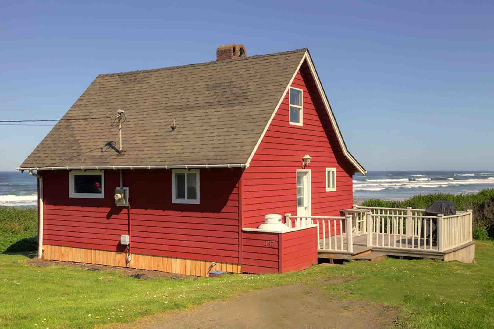 The historic Little Red Hideaway a Yachats landmark.