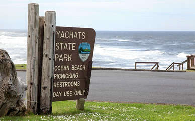 The cottages are next to the Yachats State Park where you can enjoy the crashing waves!