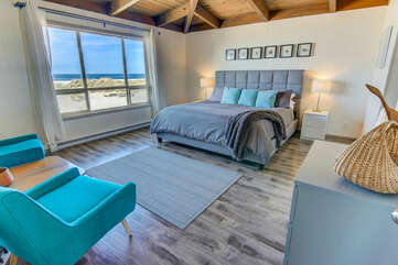Oceanfront views from the luxurious master suite.