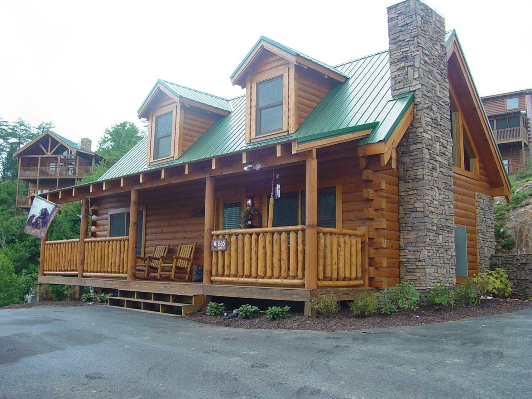 Pigeon Forge Cabins - Bearadise City - 1 Bedroom